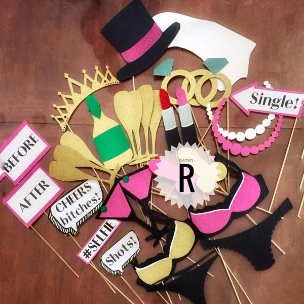 bachelorette-part-props-photo-booth-props
