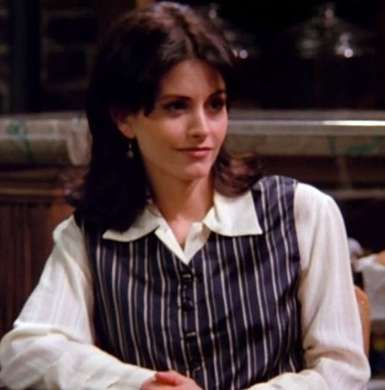 20-Monica-Geller-Every-Chic-Outfit-In-Friends