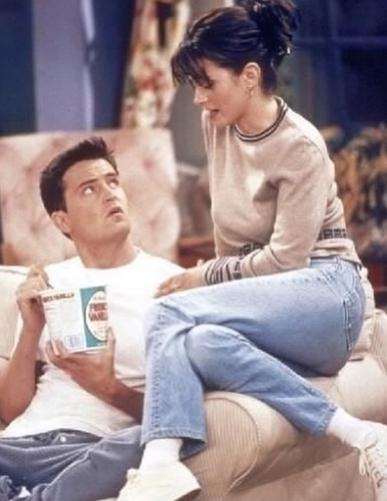 25-Monica-Geller-Every-Chic-Outfit-In-Friends