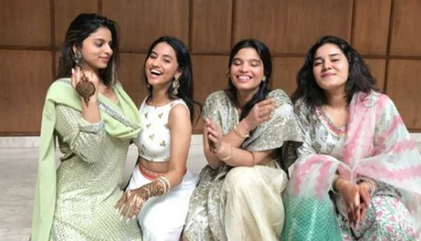 5 suhana khan with cousins