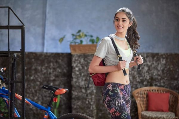 1-ananya-panday-student-of-the-year-2-shreya