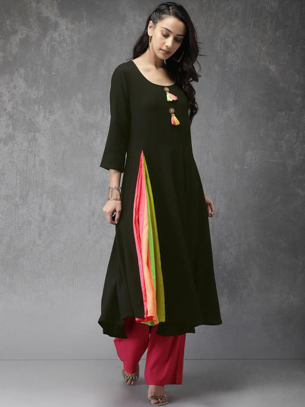 Neck-Designs-For-Kurtis-Anarkali-Kurti
