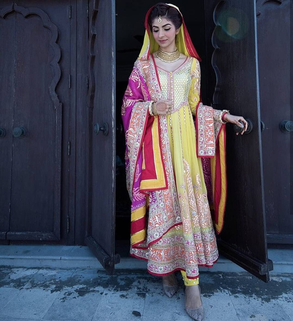 Bridal Punjabi Suit Designs 7