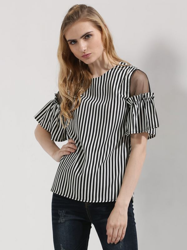 d909902acb758 15 Cold Shoulder Tops That Are Perfect For Summer