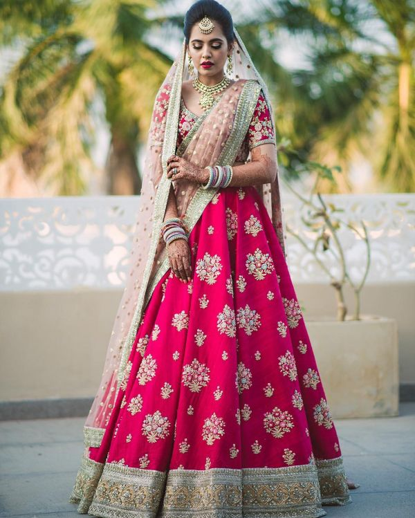 7 wedding outfits