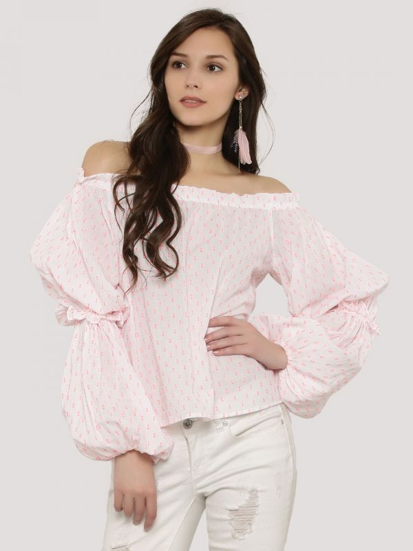 9.tops with fancy sleeves