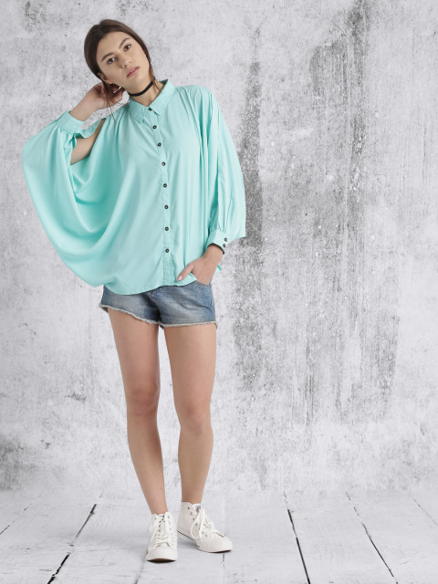 5.tops with fancy sleeves