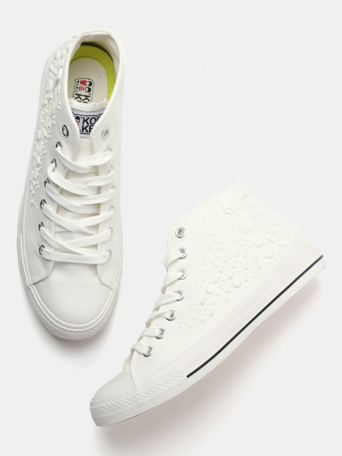 9.white sneakers