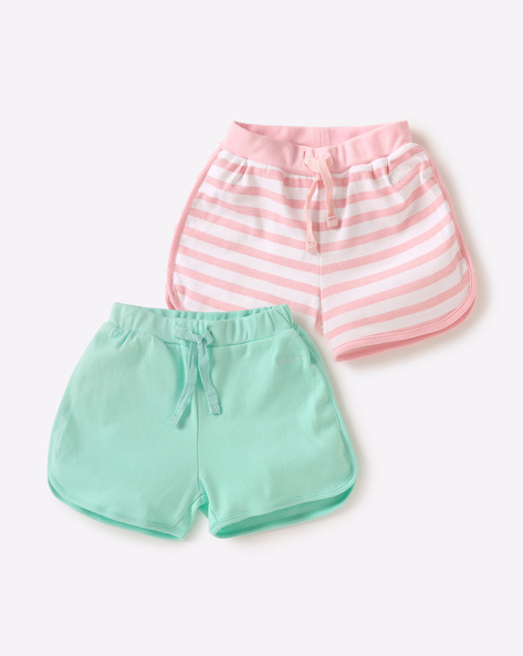 6 gifts for your newborn niece