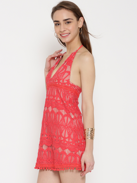 1 dresses for your honeymoon-red lace dress
