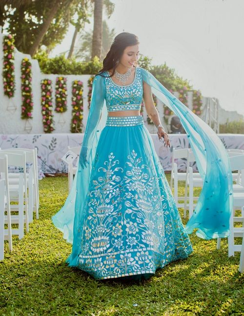 6 bridal lehenga - abu jani and sandeep khosla