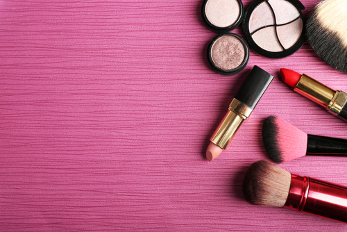 10 beauty commandments - replace expired makeup