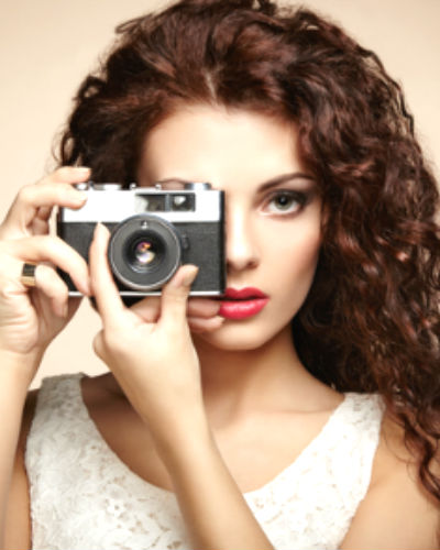 10 Ways to Use Makeup to Look Fab in Photos!