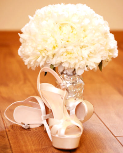 10 Things To Remember When Buying Your Wedding Shoes