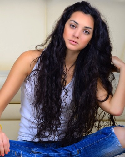 Manage Thick Hair: Tips To Manage Those Luscious Locks!