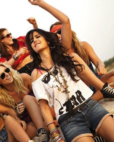 #YOLO: 30 Things Every Woman Should Do At Least Once!