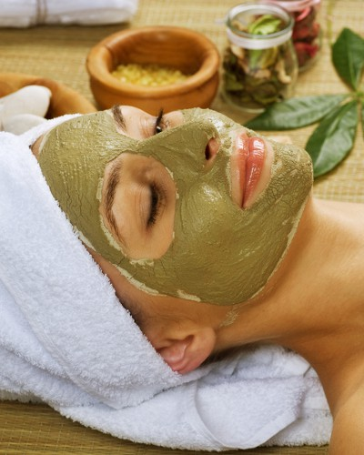 #SummerReady: 7 FAB Home Remedies For Dealing With Your Sun Tan!