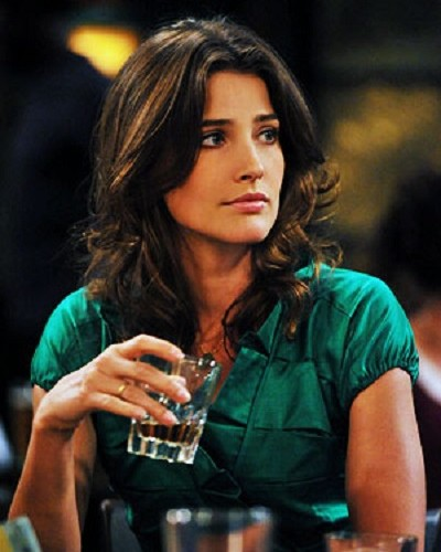 #OnTheRocks: 11 Awesome Things About Girls Who Drink Whisky