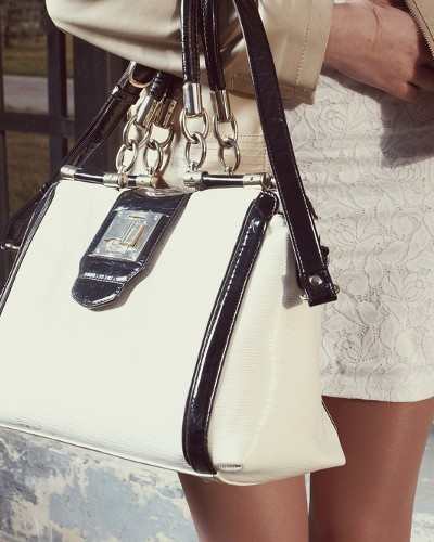 15 Super-Stylish Handbags For Laptops That Are Budget Friendly Too!