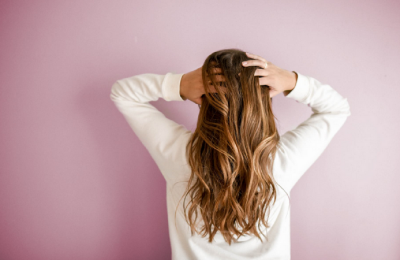 DIY Dye Job: How To Highlight Your Hair At Home