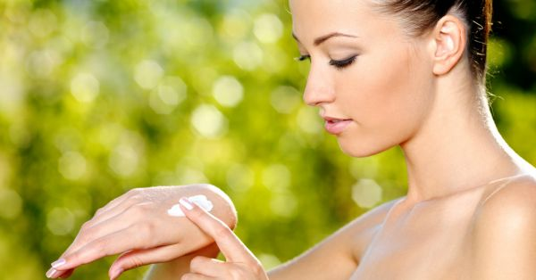 Ways To Tackle Peeling Skin In Dry Weather!