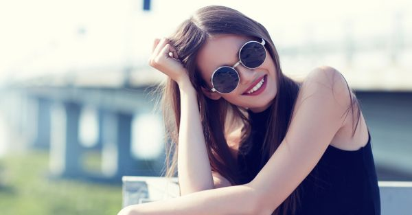 7 Fashion Items That Make You Look More Attractive - Instantly!
