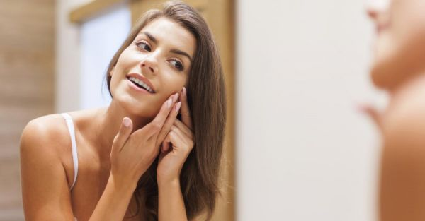 How To Make A Pimple Or Breakout Disappear In A Day!