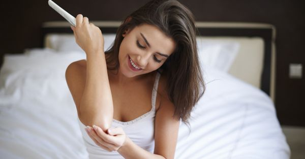 Simple Ways To Deal With Dry, Rough Skin On Your Knees & Elbows