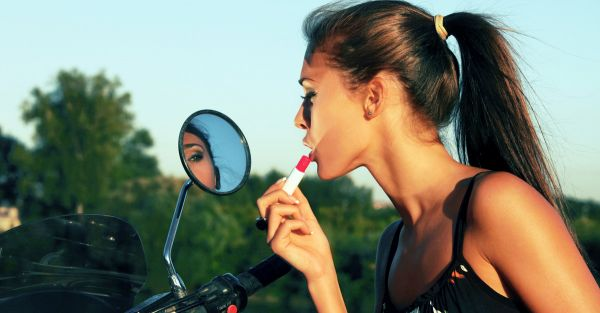 9 Amazing Makeup Essentials… For Rs 525 Or Less!