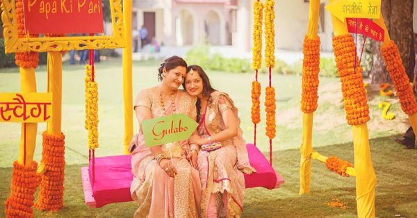7 Adorable Pics You MUST Get With Your Mom At Your Shaadi!