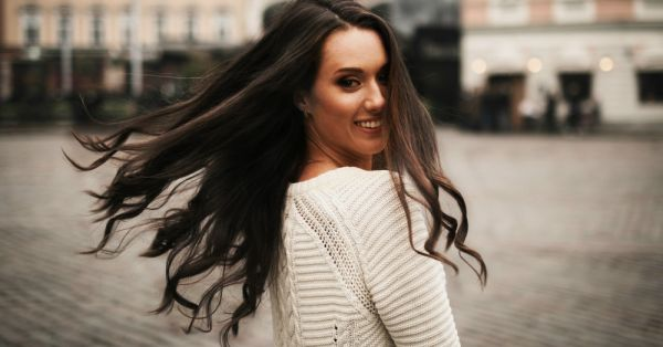 9 Wonderful Tips for Girls to Grow Long Hair
