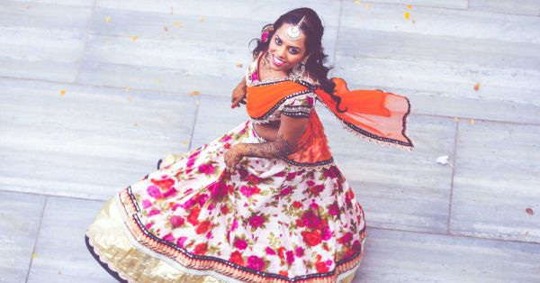 7 Brides Who Wore The *Prettiest* Mehendi Outfits - We LOVE!