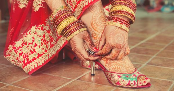 8 Genius Tips For Buying The Perfect Shoes For Your Shaadi!