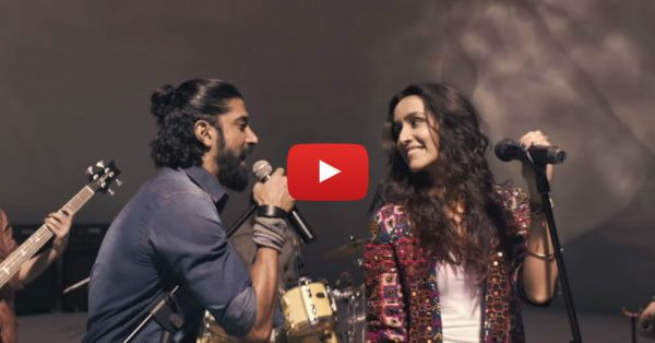 Farhan & Shraddha Sing 'Rock On' Together & It's AWESOME!