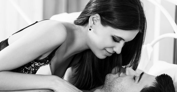 #HeSays: 10 Tiny Things Girls Do In Bed That Blow A Guy's Mind!
