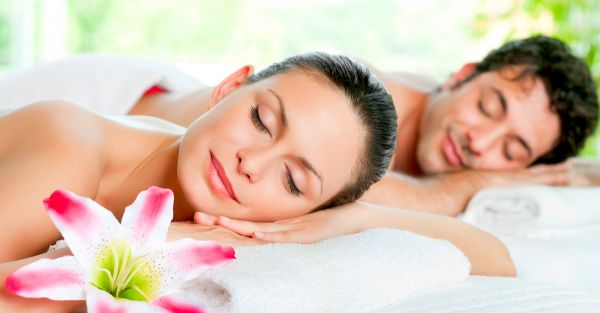 10 Beauty Treatments You Can Do With *Him* Before The Wedding!