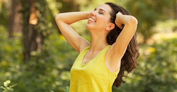 10 Simple Home Remedies For *Smoother* Underarms!