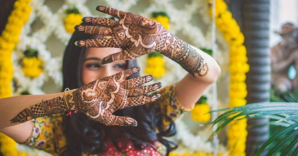 A Bridal Mehendi That Tells Your Love Story… This Is SO Awesome!