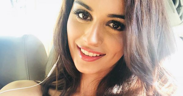 No Kidding! It Takes Manushi Chhillar Six Meals A Day To Maintain That Miss World Figure!