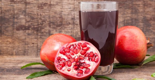 10 Reasons Why Pomegranate Is The Knight In Shining Armour For Your Health!