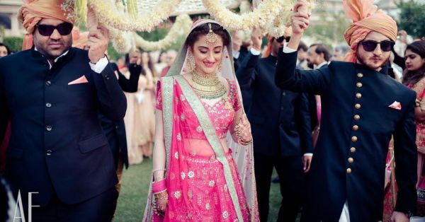 Decoding The Double Dupatta Trend - Everything You Need To Know!