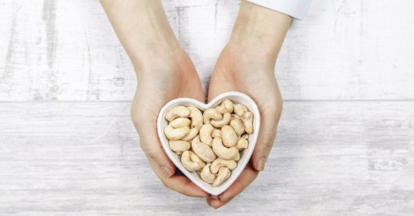 #GoingNuts: These Beauty & Health Benefits Will Have You Reaching For Cashews