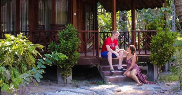 Pictures From Aashka & Brent's Romantic Andaman Holiday!