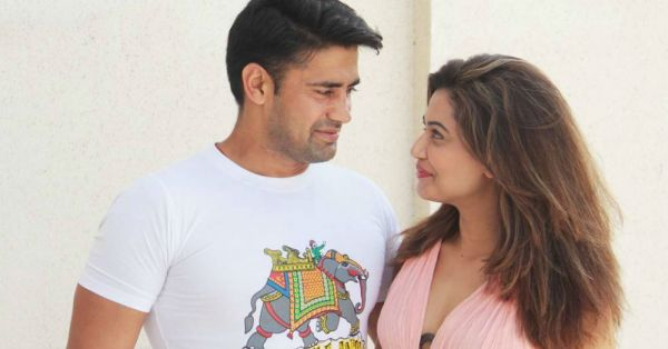 A Temple Wedding For Sangram Singh & Payal Rohatgi - Here Are All The Deets!