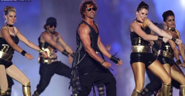 These Bollywood Celebrities Stole The Show At IPL's Opening Ceremony!