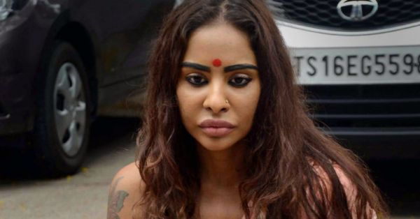 Telugu Actress Sri Reddy Says North Indian Girls Exchange Sexual Favours For Roles