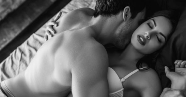 7 Top Foreplay Moves From The... Kama Sutra!