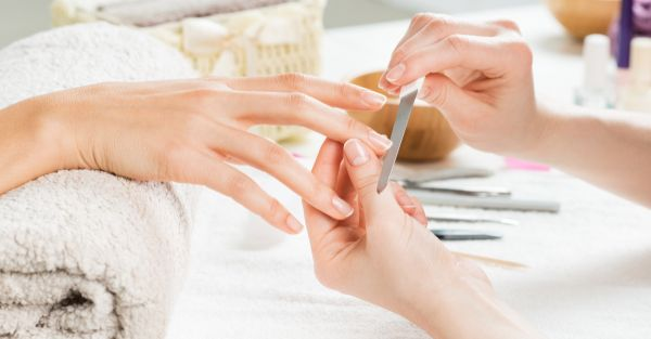 Here's How You Can Nurse Your Nails Back To Health After A Gel Manicure