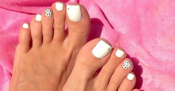 These Toe-Tally Amazing Nail Art Ideas Will Have Your Feet Feelin' The Summer!