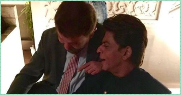 Smriti Irani Is Winning The Internet With Her Caption For This SRK Photo